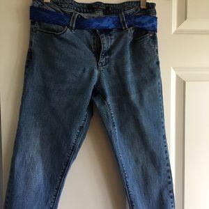 Ladies crop jeans